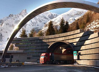 les entreprises publiques les plus rentables n 176 2 autoroutes et tunnel du mont blanc 25