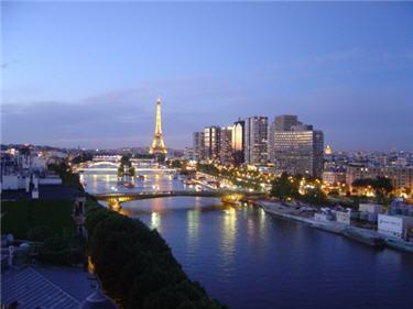 les villes les plus ch res du monde n 9 paris. Black Bedroom Furniture Sets. Home Design Ideas