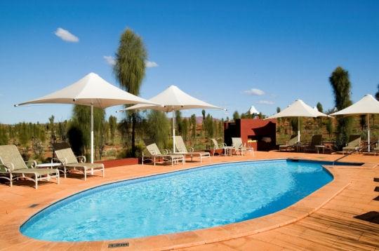 Piscine chameau ou h licopt re les meilleurs campings de luxe sur journal du net economie - Piscine de luxe ...