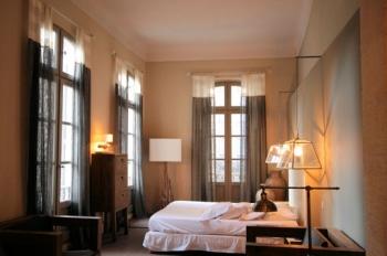 faites de votre chambre un espace feng shui. Black Bedroom Furniture Sets. Home Design Ideas