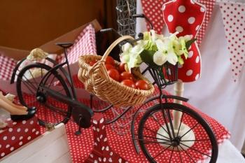 Une table pour le 14 juillet paris plages - Deco jardin velo paris ...