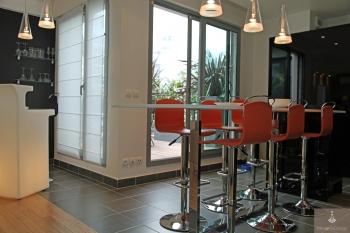 Table haute pour cuisine superior table de bar cuisine 8 - Fabriquer table haute cuisine ...
