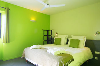 le vert couleur de la s r nit pour un t tout en douceur. Black Bedroom Furniture Sets. Home Design Ideas